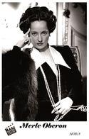MERLE OBERON (PB18) - Film Star Pin Up PHOTO POSTCARD - Pandora Box Edition Year 2007 - Femmes Célèbres