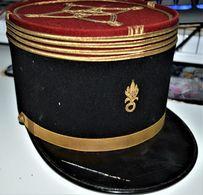 Rare Képi De Commandant De La Légion étrangère Avec Barrettes Grades Métal épaulettes Et Losanges +barrettes Médailles - 1939-45