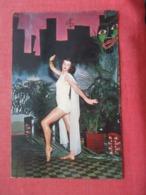 Paula Parsons As The White Goddess In Tamboo     Ref 4120 - Pin-Ups