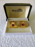 """Vintage Cufflinks """" SEA  LORD"""" Gold Plated With Ruby In The Original Box - Bijoux & Horlogerie"""