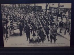 556  MILITARIA .  CONVOI D ALLEMANDS FAITS PRISONNIERS PAR LES ANGLAIS . LA GRANDE GUERRE 1914 . 15 - Guerra 1914-18