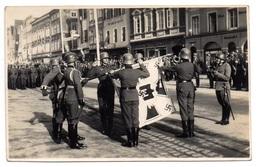 Foto AK Braunau Am Inn Soldaten Fahnen Eid - Germany