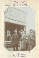 METZ  - à La Foire, Stand , 17 Mai 1893 (photo Format 11,5cm X 8,4cm Environ). - Places