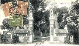 1906- C P A  Entrée De Pagode  Affr. 4 Cents  Oblit. NAM-DINH / TONKIN - Lettres & Documents