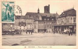 58 NEVERS PLACE CARNOT - Nevers