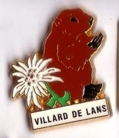 Q179 Pin's Marmotte Marmot Villars De Lans Vercors Isère Fleur Edelweiss Superbe Qualité Achat Immédiat - Animales