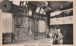 29 - Carte Postale Ancienne En Bretagne    KERJEAN   L'Intérieur De La Ferme - People