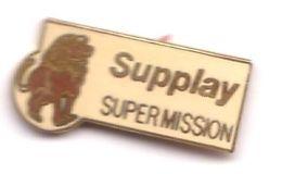 B01 Pin's Superbe Lion SUPPLAY SUPERMISSION  Travail Intérimaire Qualité Egf Achat Immédiat - Animales