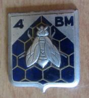 Insigne Militaire - 4e Bataillon Du Matériel - Métal Et émail - DRAGO - Landmacht
