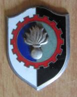 Insigne Militaire - Régiment De Train - Grenade - Métal Et émail - DRAGO - Landmacht