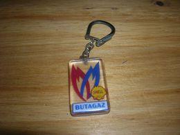 Ancien Porte Clefs Clés Butagaz Shell Style Bourbon Resine Bon Etat - Key-rings