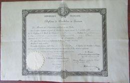 Diplôme De Bachelier De 1875 Sur Papier  Parchemin Décerné à François Brocq - Diploma & School Reports