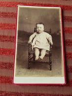 Photo Originale Cdv Bebe En Robe Blanche Clamecy  Photographe Ch. Borel - Photos