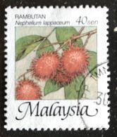 128.  MALAYSIA USED STAMP FRUITS - Malasia (1964-...)
