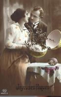 Couple :  Joyeuses Pâques - - Parejas