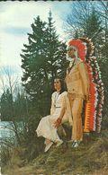 ( INDIENS   )( RESERVE INDIENNE   ) ( VILLAGE DES HURONS  )( CANADA  ) - Native Americans