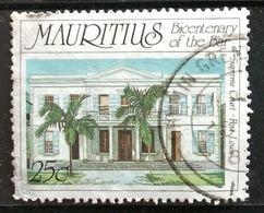 128. MAURITIUS (25C) USED STAMP SUPREME COURT - Maurice (1968-...)