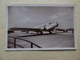 AEROPORT / AIRPORT / FLUGHAFEN     LE BOURGET  TRIMOTEUR SAVOIA 75 DE ALA LITTORIA / BLOCH 220 AIR RANCE - Aérodromes