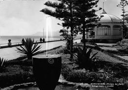 Cartolina Bordighera Lungomare E Giardini 1954 - Imperia
