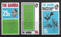 1977 Gambia Personajes-fauna Declaracion 3v. Mint. - Gambia (1965-...)