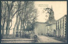 85 Vendée TRIAIZE L'Eglise Et La Place - France