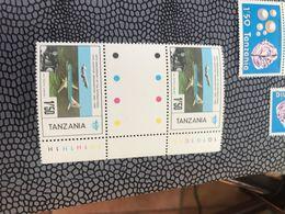 TANZANIA AEREI LA IATA BLOCCO 2 VALORI - Africa (Varia)