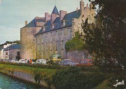 PONT-L'ABBE. - Le Château Des Barons Du Pont.  Autocar Et Voitures Années 60. - Pont L'Abbe