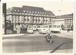 Grande Photo - Tramway à Strasbourg En Gros Plan - Superbe Photo Animée Moto - Trains