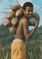 Seychelles, Garçon Natif Avec Noix De Coco Verte - Seychelles