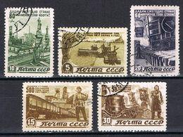 RUSSIE  1067-1071 - 1923-1991 USSR