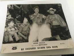 P4 - Le Dernier Robin Des Bois - Roger Nicolas Dans Un Film De BERTHOMIEU - Posters