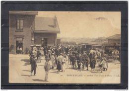6225. BERCK PLAGE . ARRIVEE D UN TRAIN DE PARIS . LL. RECTO/VERSO . ANIMEE .ATTELAGE . 1906 - Berck