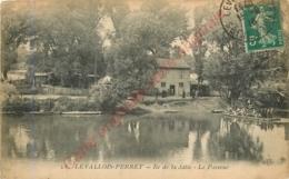 92.  LEVALLOIS PERRET .  Ile De La Jatte .  Le Passeur . - Levallois Perret