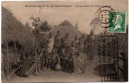 Groupe Et Huttes Dans Un Village Indigène - Missions Des PP Du Saint-Esprit 1925 - Missionnaires - Pays ??? - Ivory Coast