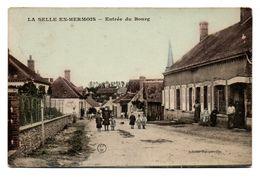 45  LA SELLE-EN-HERMOIS  -  Entrée Du Bourg - Autres Communes