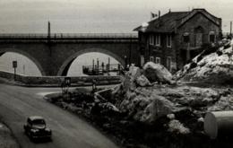 E 0591 - Paysage D'un Pont  Maison Pres De La Mer  à Un Carrefour   A Identifier ? - Photographs