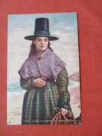 Tuck Series  Young Welsh Fisherwomen National Costume   >  Ref 4123 - Europe