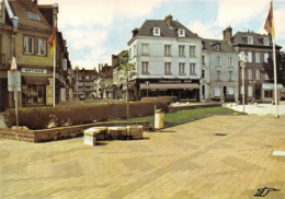 YVETOT La Place Du Marechal Joffre 24(scan Recto-verso) MA1168 - Yvetot