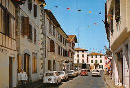 ESPELETTE - La Rue Principale - Charcuterie R. Massonde - Automobiles - Renault 4L - Espelette