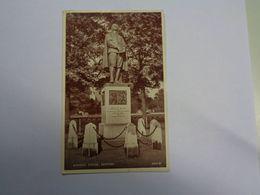Bedford. - Bunyan's Statue. (8 - 5 - 1950) - Bedford