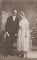 Photographie - Carte-photo - Couple De Mariés - Photographe Maurice Couvrat Poitiers - 1919 - Photographie