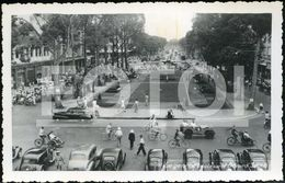 40s REAL PHOTO POSTCARD STREET SCENE SAIGON VIET NAM VIETNAM ASIA CAR VOITURE JEEP WILLYS - China (Hong Kong)