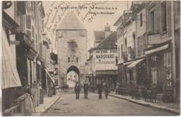 77 MORET-sur-LOING  La Grande Rue Et La Porte De Bourgogne - Moret Sur Loing