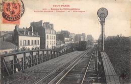 PARIS-75019-TOUT PARIS, RAMPE DU METROPOLITAIN, ENTRE LES STATIONS COMBAT ET ALLEMAGNE - Arrondissement: 19