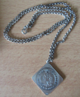Pendentif En Argent 835 Représentant Une Monnaie De 1 Gulden Ulm 1704 Sur Chaîne En Argent Massif (925) - Pendants