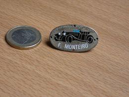 AUTOMOBILE . CARROSSIER F MONTEIRO. - Pins