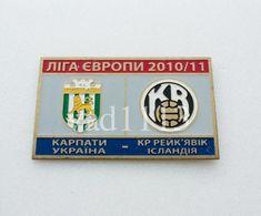 "Badge Pin:  UEFA Europa League 2010-11 FC Karpaty Lviv Ukraine - "" KR Reykjavik ""  Iceland - Fútbol"