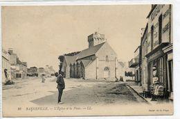 50 BARNEVILLE      L'église  Et La Place - Barneville