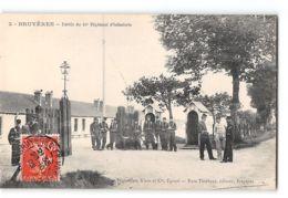 CPA 88 Bruyeres Entrée Du 44eme Regiment D'infanterie - Bruyeres
