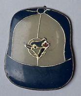 A193 Pin's USA Football Américain Baseball CASQUETTE Feuille Erable Canada  Achat Immédiat - Honkbal